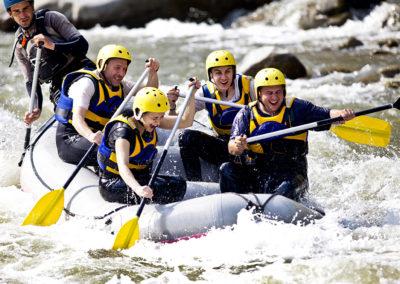 spain-mice-team-rafting